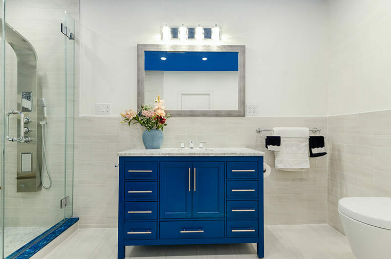 The Mom Sanctuary: Bathroom Trends Bold Vanities